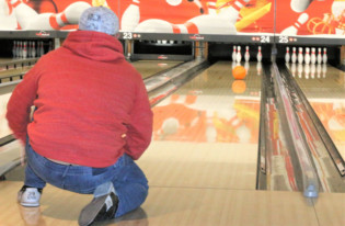 Beim inklusiven Bowling
